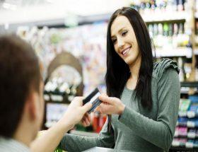 फ्री क्रेडिट कार्ड ऑफर: सब कुछ नहीं होता फ्री