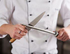 कुछ ऐसे तेज करें चाकू की धार