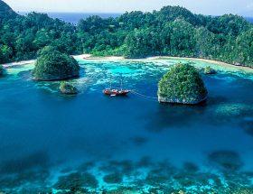 हनीमून मनाने और छुट्टियों का अनंद लेेने जाएं इंडोनेशिया