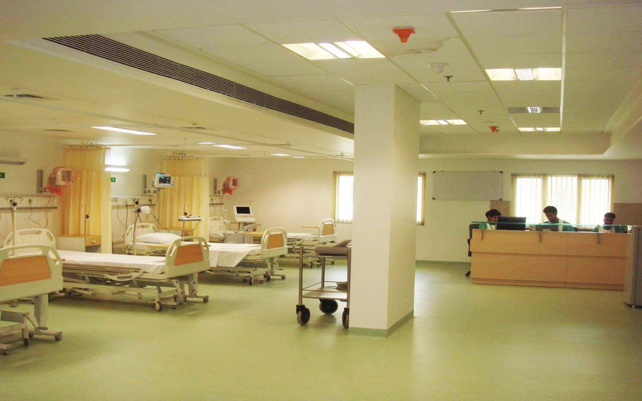 Top Hospitals For Cancer Treatment In India