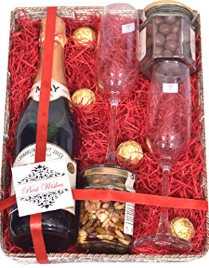 Goodies-and-Hampers-wedding-gifting-ideas-2020