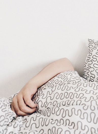 Get healthy skin with 8 hours of beauty sleep