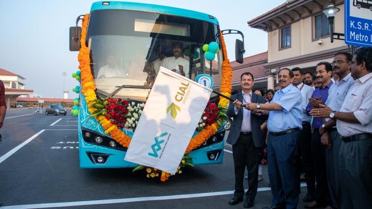 KMRL Launches Kochi Airport – Aluva Feeder Bus Service
