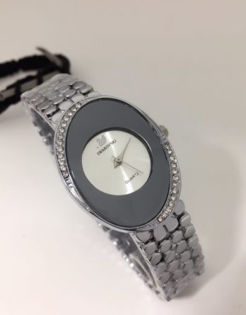 Elegant looking Ladies watch with Diamonds Egg Shaped