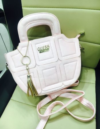 Guess Ladies bag with 6 Colours