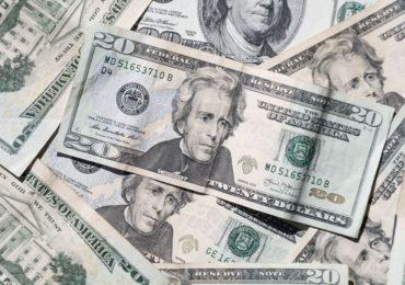 स्वस्तात अमेरिकन डॉलर देणाचं आमिष, पुण्यात टोळी गजाआड