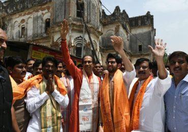 राम मंदिर तर होणारच, उद्धव ठाकरे अयोध्येत कडाडले