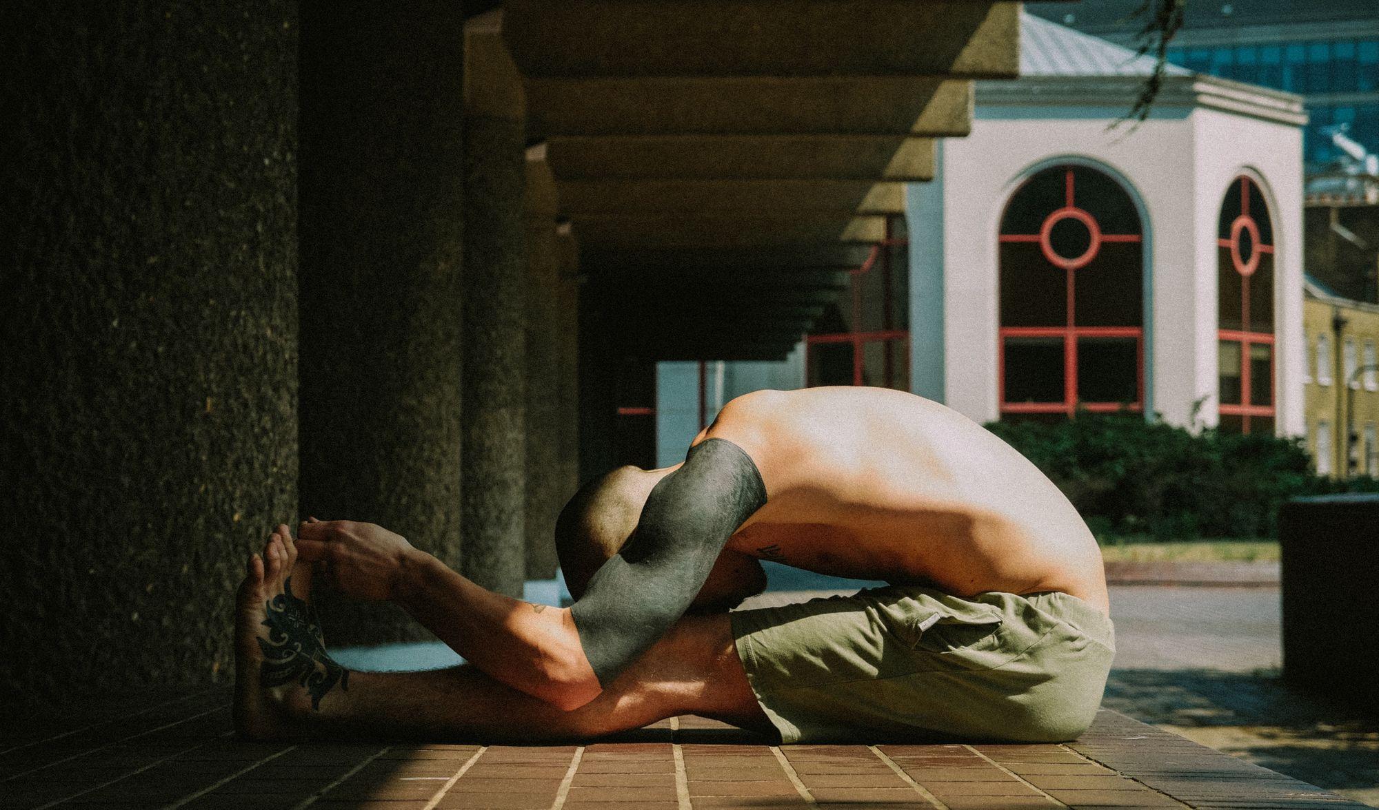योगा के इन 3 पोज़ को अपनाएंगे तो प्रीमेच्योर इजेकुलेशन में मिलेगा आराम, जानें तरीका