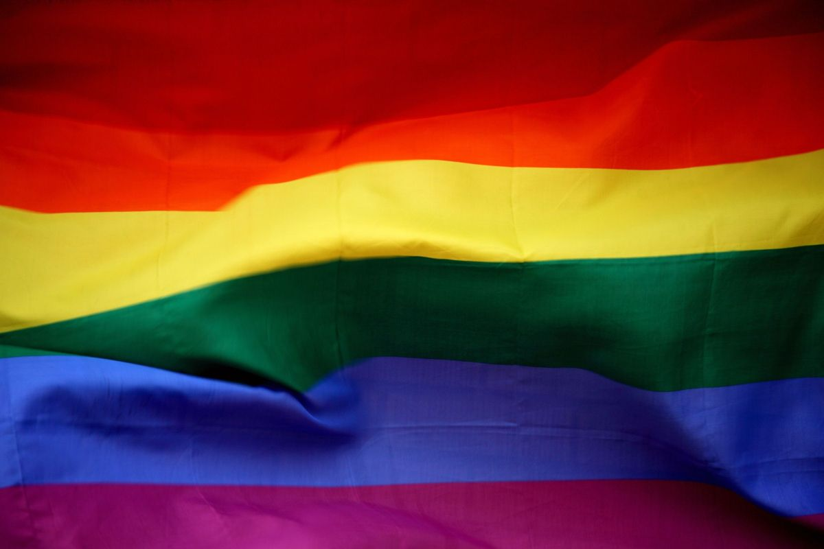 How is being bisexual different from being pansexual?