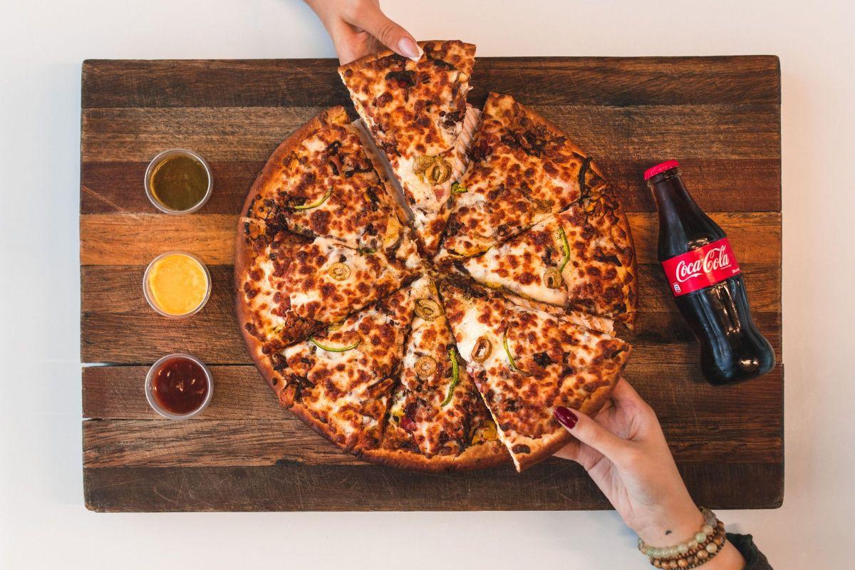 क्या बर्गर और पिज़्ज़ा का शौक घटा रहा है आपके शुक्राणु?