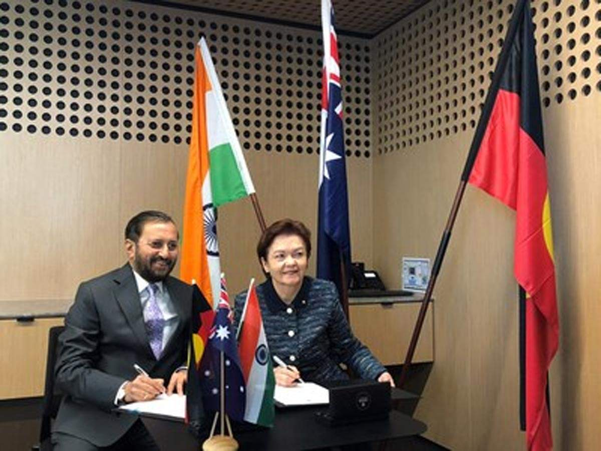 Deakin University Collaborates With AIIMS and JIPMER For Healthcare In India