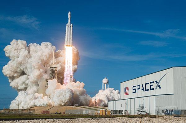 SpaceX to launch Cargo Dragon Spacecraft to ISS next week