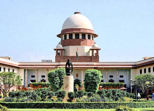 SC Dismisses Govt.'s Objections Over Rafale Deal, Permits Use Of 'Leaked' Papers In Review Plea