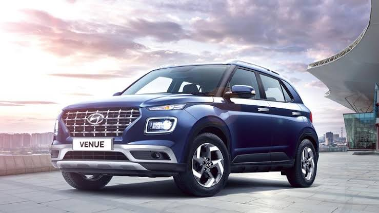 Hyundai Venue Bookings Reach 17,000 Units Mark In India