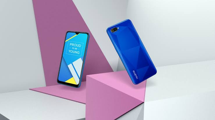 Realme C2 To Go On Flash Sale Today At 12.00 PM