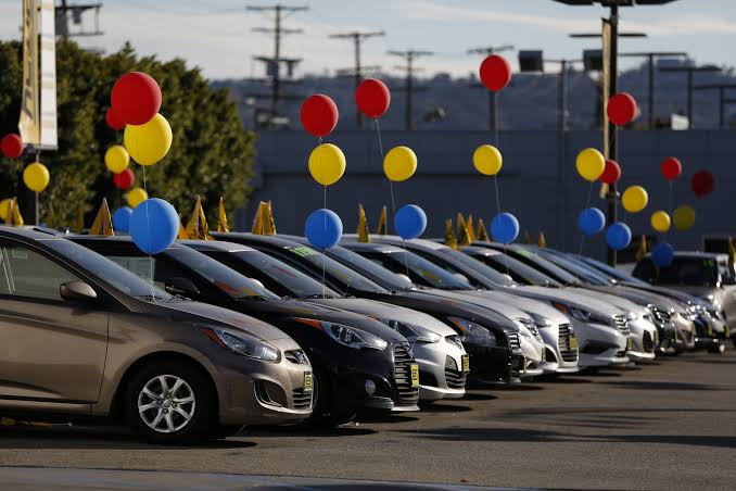 Car Sales Weakening Despite Heavy Discounts