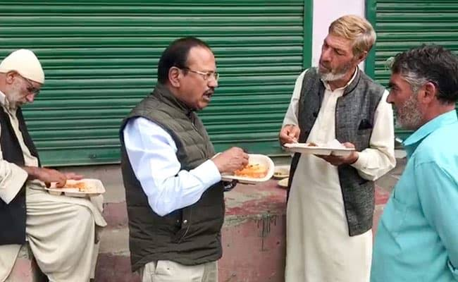 Ghulam Nabi Azad Alleges NSA Ajit Doval Of 'Setting- Up' Chat And Meal With Kashmiris