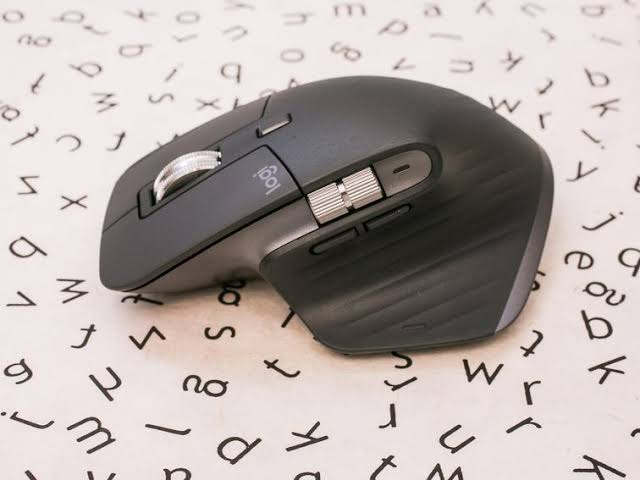 Logitech's MX Master 3 Is Back With MX Master 3 Moue