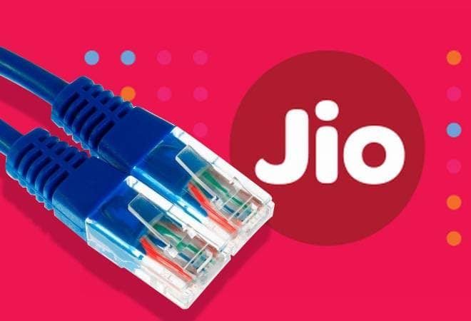 Jio Fiber Set To Launch Today, See Offers And Process To Register