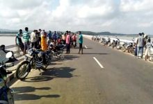 Photo of Odisha: Youth Jumps Into Mahanadi River, Search Underway