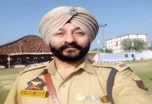 Photo of NIA Files Charge Sheet Against Suspended DySP Davinder, 5 Others