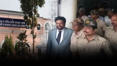Photo of Mahima Mishra Appears Before Cuttack SDJM Court