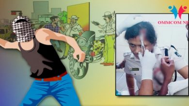 Photo of Stone Pelting On Lady Traffic Inspector At Odisha's Jajpur For Doing Duty