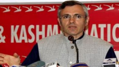 Photo of Omar Condemns 'Selective Outrage' In Kashmir