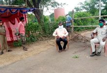 Photo of Odisha Fights COVID-19: Nayagarh Dist Admn Seals Border With Ganjam