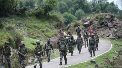 Photo of Indian Army Bans 89 Apps For Its Personnel, Including FB, Insta