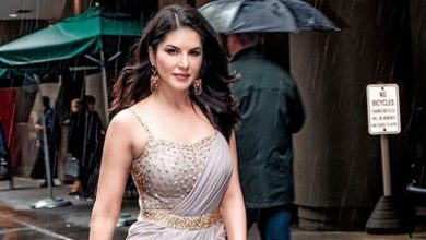 Photo of Sunny Leone Hits The Beach With Her Man And Little Nuggets