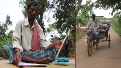 Photo of Odisha: Rickshaw Puller Who Has Penned Over 5000 Poems Still Stuck In Poverty