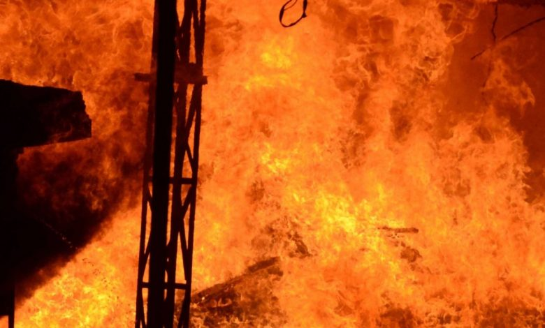 A fire broke out in a multi-storey residential building in Kolkata