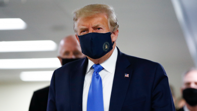 Photo of Trump Wears Mask On Camera For First Time As He Visits Military Hospital