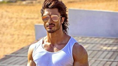 Photo of Vidyut Jammwal Has 'Enlightening' Chat With Martial Arts Star Tony Jaa