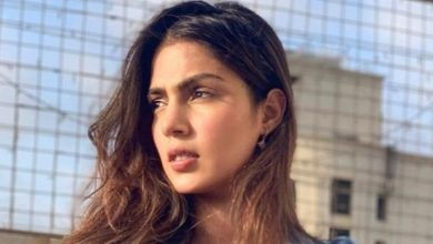 Photo of SC Denies Interim Protection To Rhea In Case Filed By Patna Police