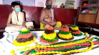 Photo of Servitor Prepares Rakhis For Lord Balabhadra, Lord Jagannath