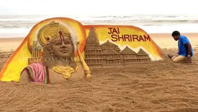 Photo of Odisha: Sudarsan Pattnaik Carves Replica Of Ayodhya Ram Temple On Puri Beach