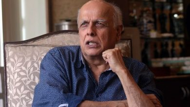 Photo of Mahesh Bhatt Appears For NCW's Online Hearing In Sexual Harassment Case