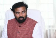 Photo of Karnataka Health Minister Sriramulu Tests Covid Positive