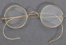 Photo of Mahatma Gandhi's Glasses To Go On Sale In UK