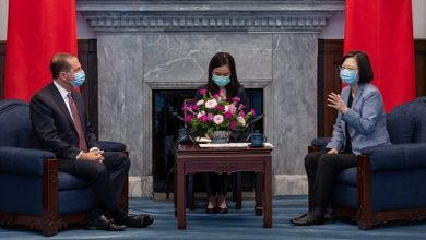 Photo of US Health Secy Meets Taiwan Prez, China Irked