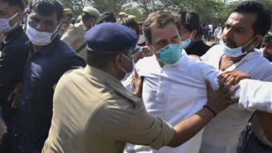 Photo of Rahul, Priyanka Arrested While Marching Towards Hathras To Meet Victim's Family