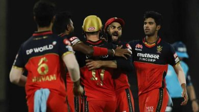 Photo of De Villiers Shines As RCB Maul KKR, Join MI, DC On Top