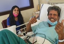 Photo of Kapil Dev Flashes Double Thumbs Up Sign After Angioplasty