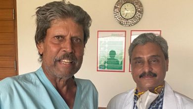 Photo of Kapil Dev Discharged From Hospital After Angioplasty