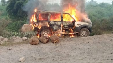 Photo of Rourkela: Miscreants Thrash Occupants, Set Car On Fire