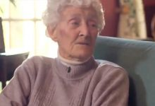Photo of World's Oldest Test Cricketer Eileen Whelan Turns 109