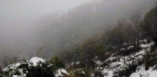 Mughal road closes with fresh snowfall in J&K