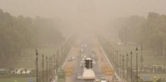 Delhi's air quality remains 'severe' for 4th consecutive day